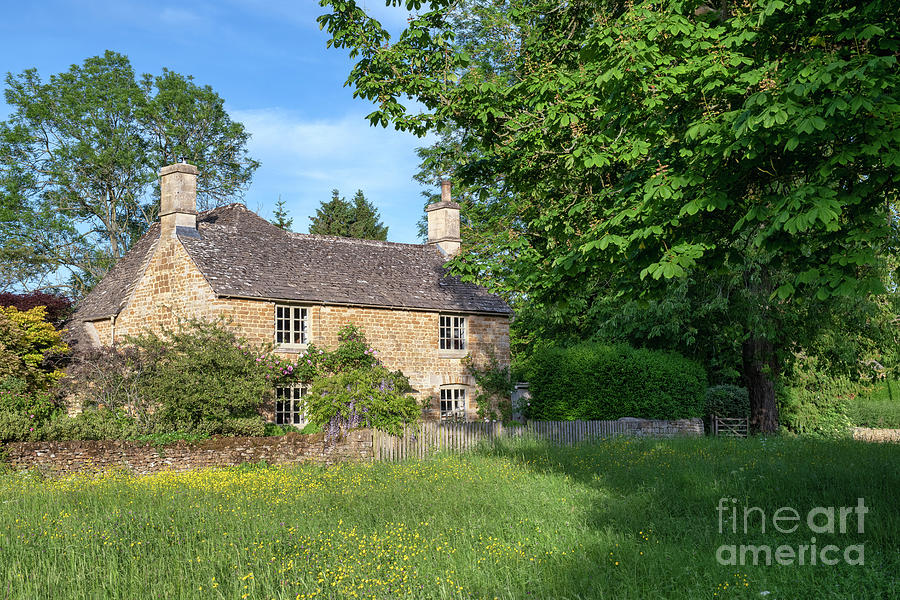 Cotswold Stone Cottage in Wyck Rissington by Tim Gainey