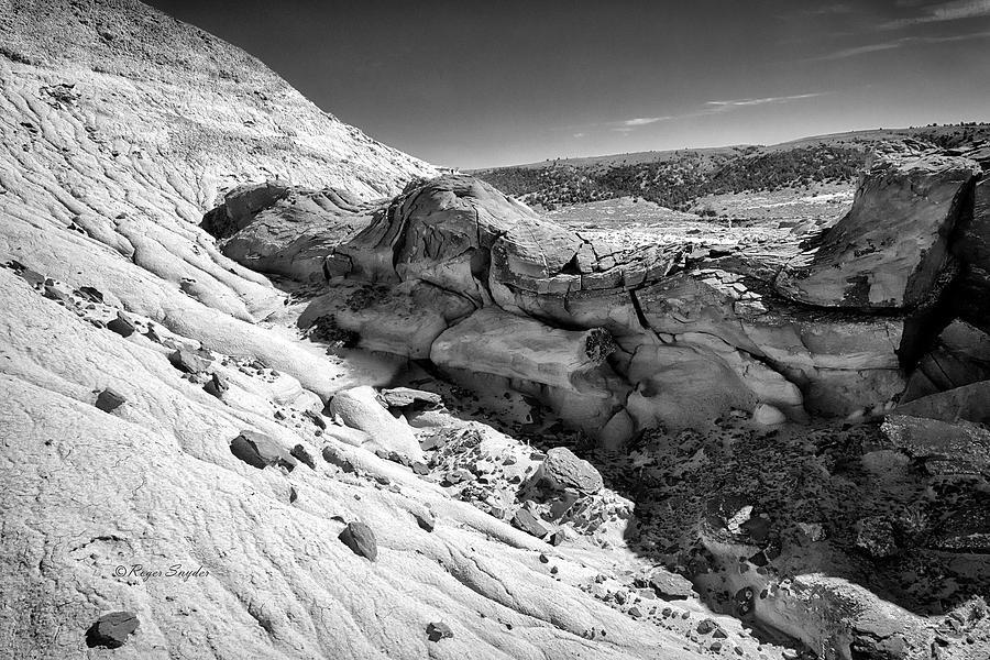 Black And White Photograph - Cottonwood Creek Strange Rocks 7 Bw by Roger Snyder