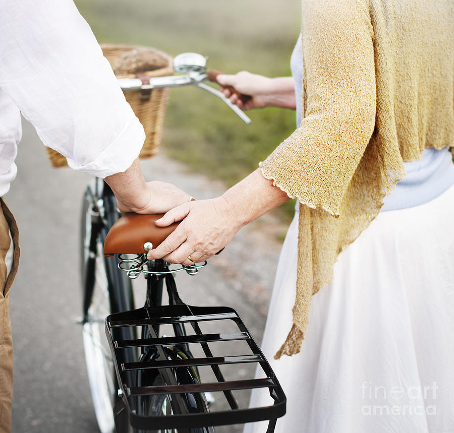 Date Photograph - Couple Husband Wife Cheerful Caucasian by Rawpixel.com