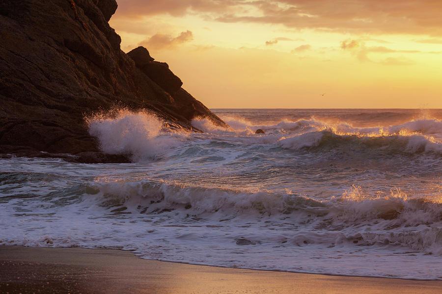Crashing waves Strands Point by Cliff Wassmann