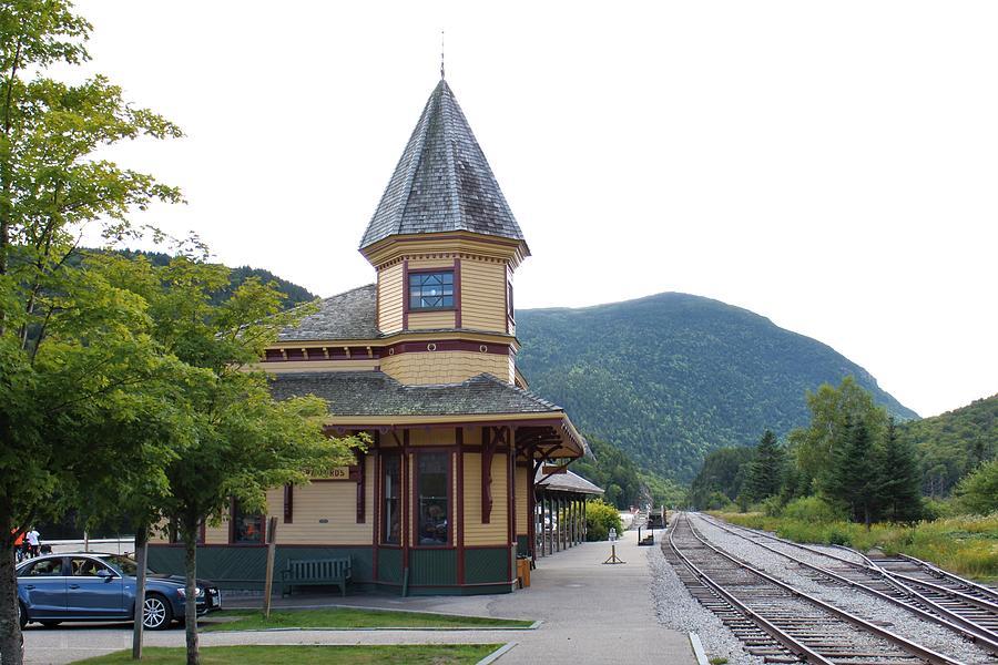 Crawford Notch Train Depot Photograph