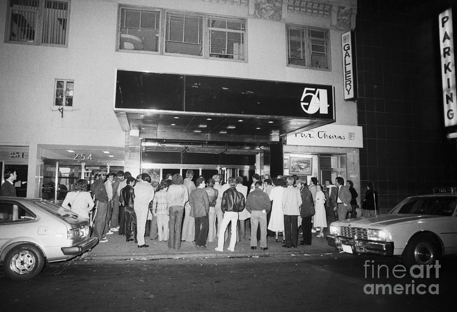 Crowd Standing In Front Of Studio 54 Photograph by Bettmann
