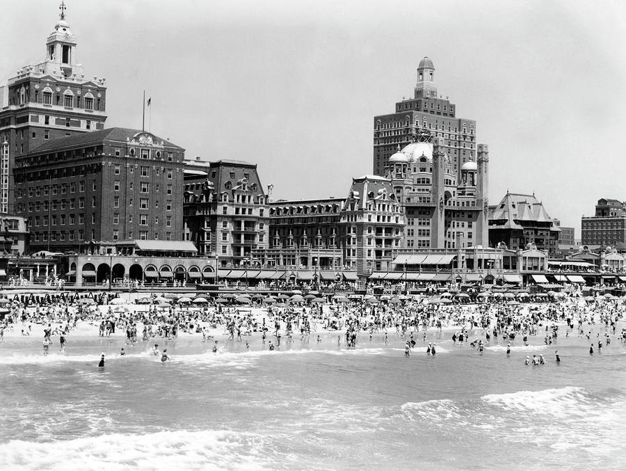 Crowded Beach Photograph by H. Armstrong Roberts