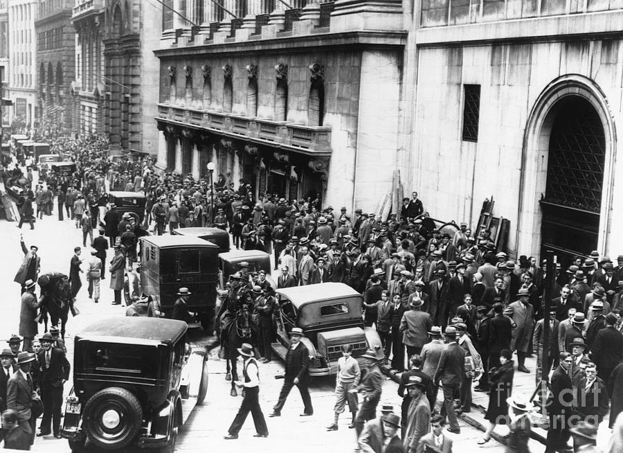 Crowds On Wall Street Photograph by Bettmann