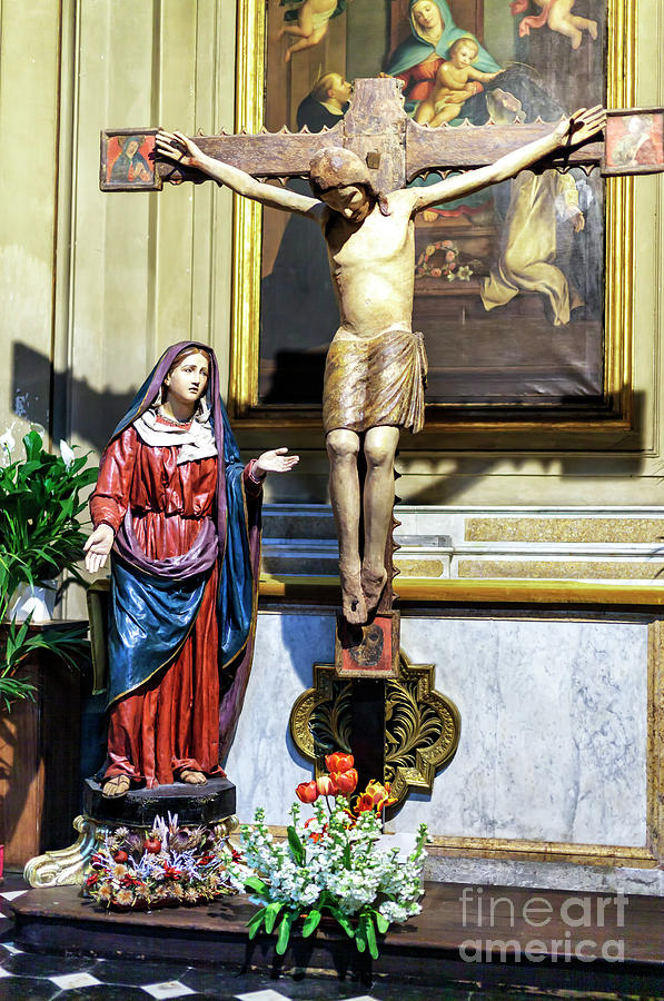 Crucifixion of Christ at Santa Maria dei Miracoli in Rome by John Rizzuto