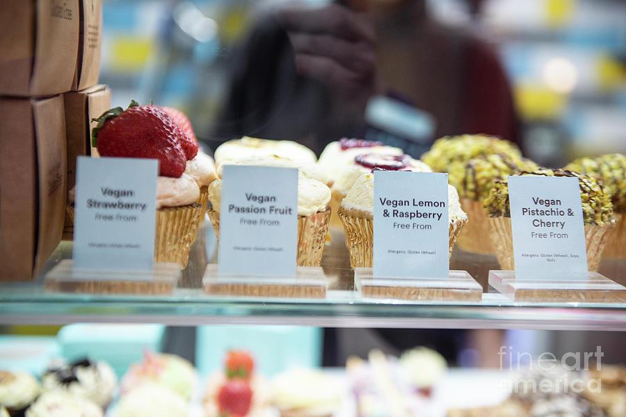 Cupcakes by Jenny Potter