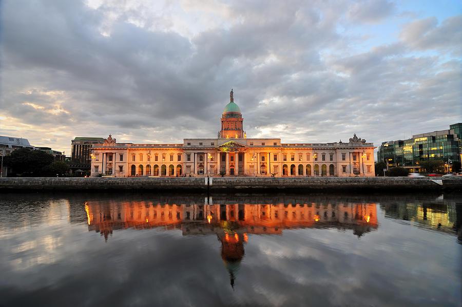 Custom Building, Dublin Photograph by Freder