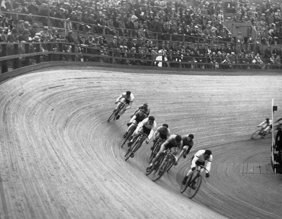 Cycle Race Photograph by Hulton Archive