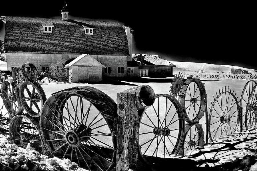 Dahmen Barn in Winter by David Patterson