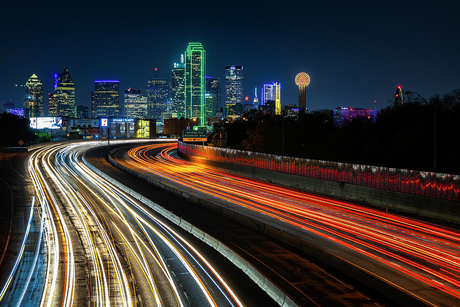 Dallas at Night by Michael Ash