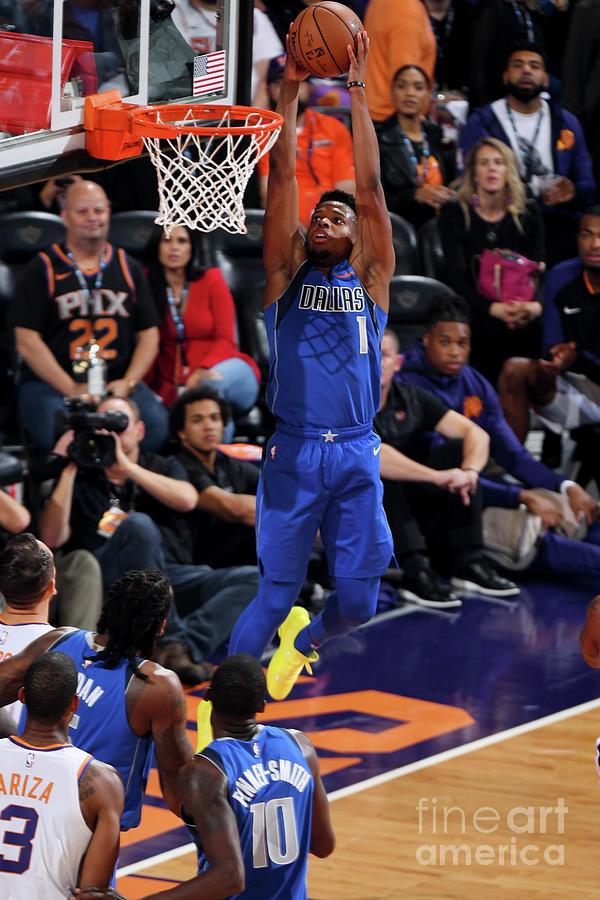 Dallas Mavericks V Phoenix Suns Photograph by Garrett Ellwood