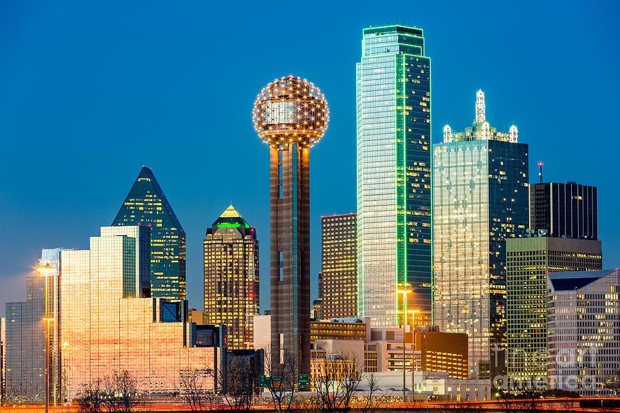 Dallas Photograph - Dallas Skyline At Sunset by Mandritoiu