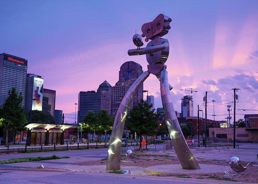 Dallas Walking Tall Deep Ellum 070219 by Rospotte Photography