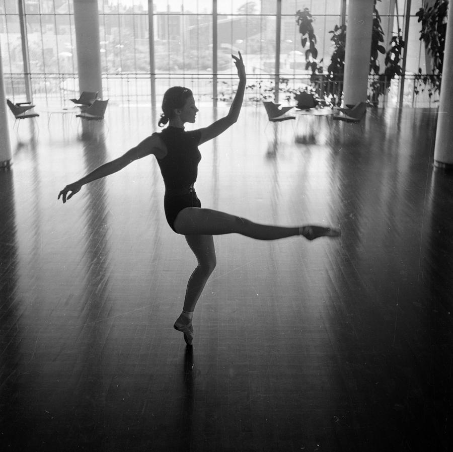 Daphne Dale Dances Photograph by John Chillingworth