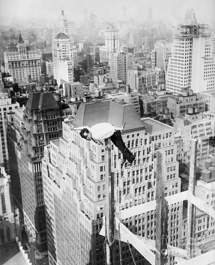 Daredevil Doing Balancing Act Photograph by Bettmann