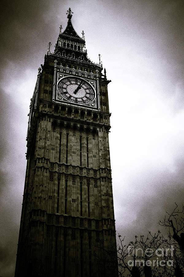 Dark Big Ben by Arnaldo Tarsetti