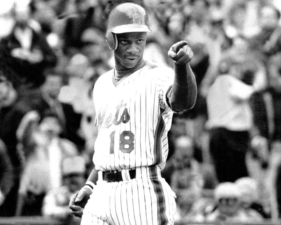 Darryl Strawberry Of The New York Mets Photograph by New York Daily News Archive
