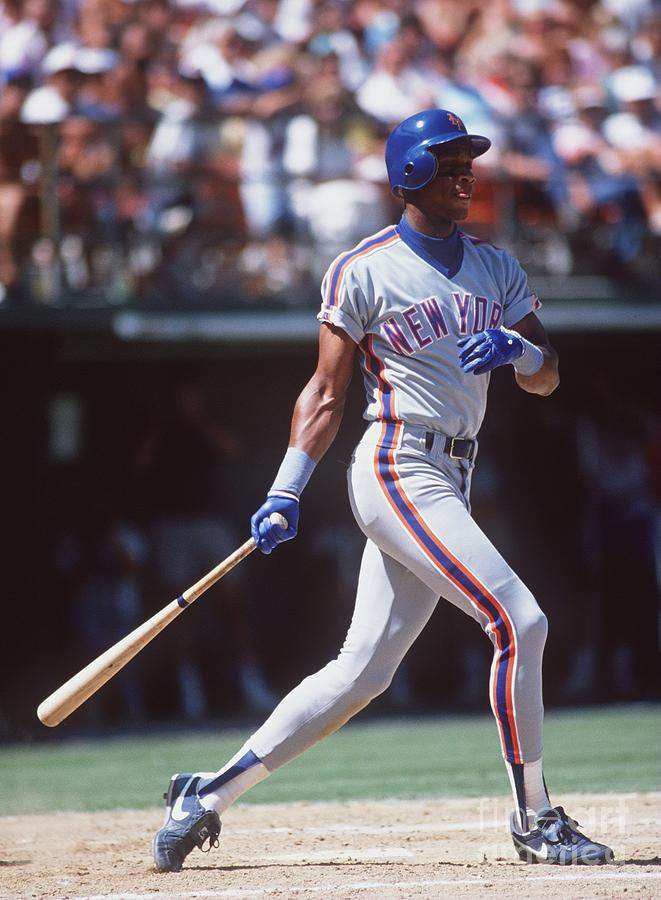 Darryl Strawberry Photograph by Stephen Dunn