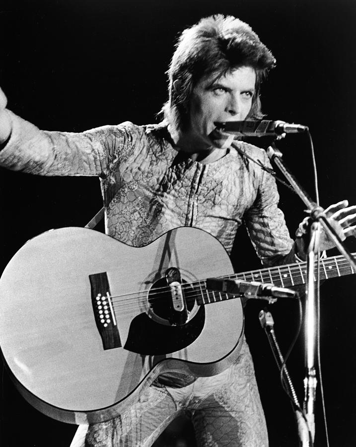 David Bowie Performing As Ziggy Stardust Photograph by Hulton Archive