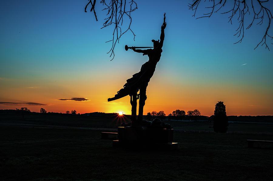 Dawn at Louisiana by Dan Urban
