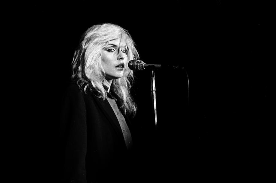 San Francisco Photograph - Debbie Harry Performs Live by Richard Mccaffrey