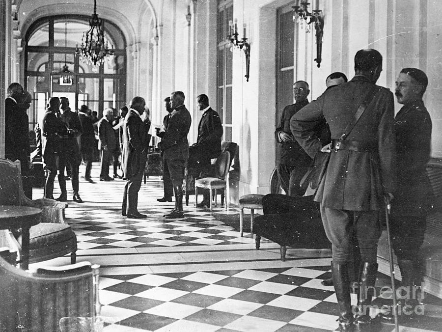 Delegates Arriving In Versailles Photograph by Bettmann