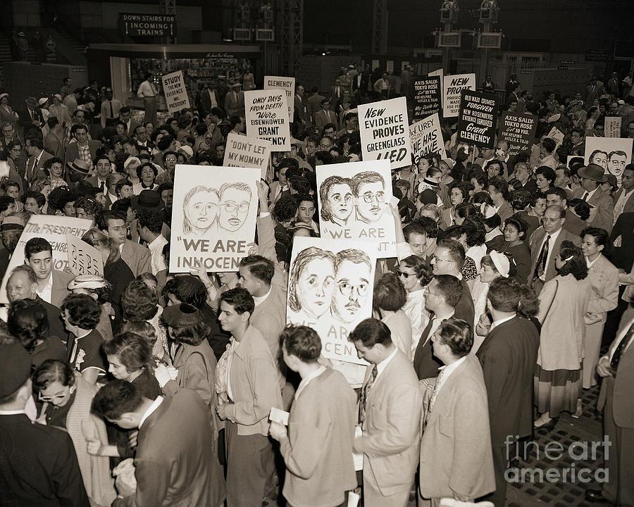 Demonstrators At Penn Station Photograph by Bettmann