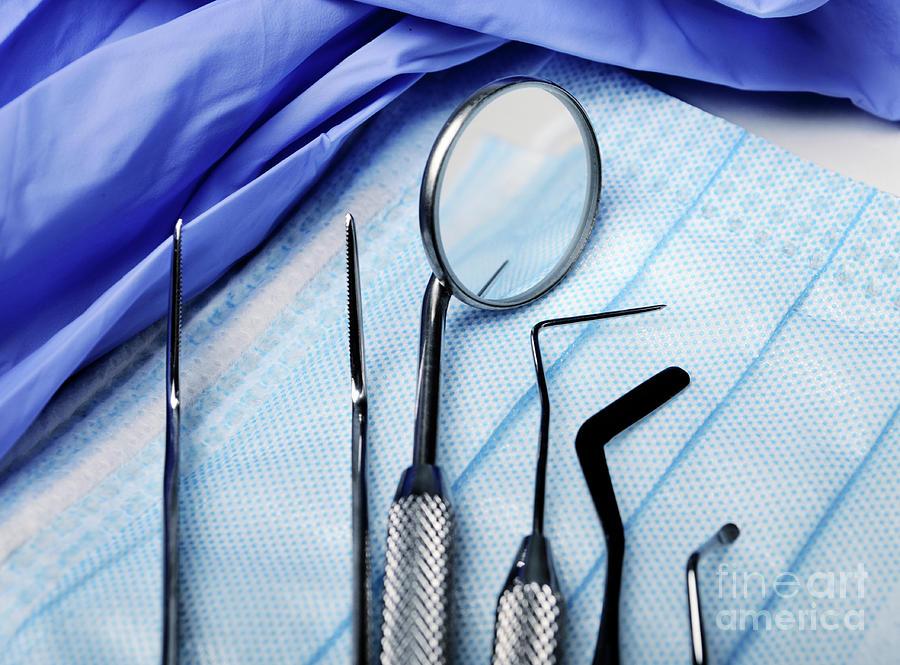 Dentist's Instruments by Jelena Jovanovic