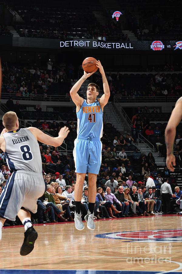 Denver Nuggets V Detroit Pistons Photograph by Chris Schwegler