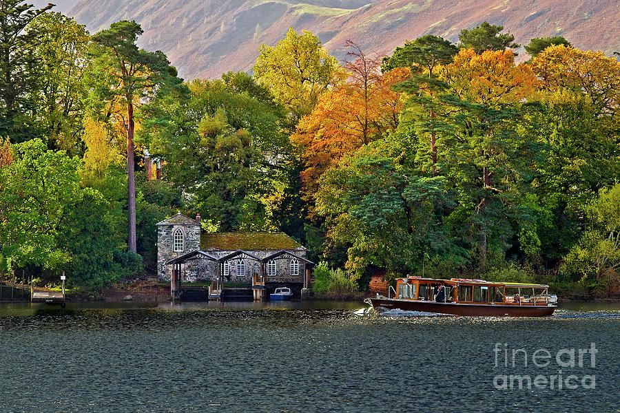 Derwent Water Lake District by Martyn Arnold