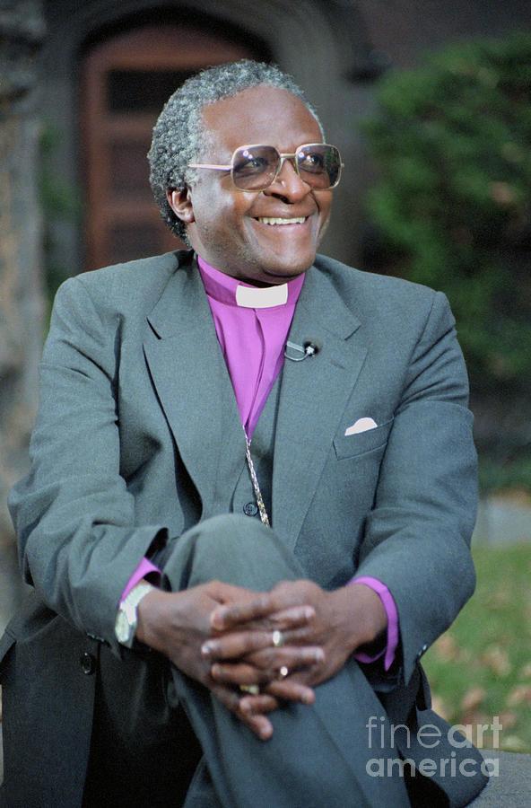 Desmond Tutu Smiling Photograph by Bettmann