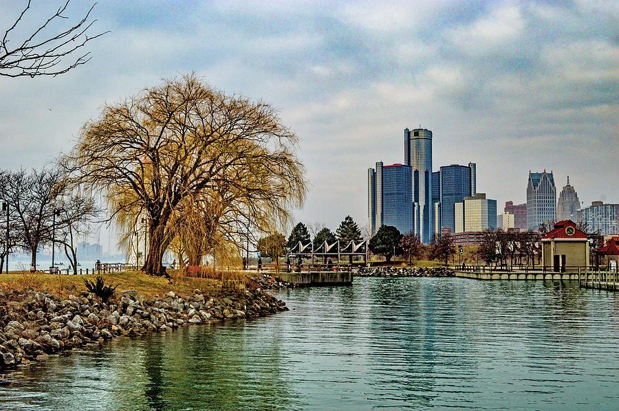 Detroit Skyline and Riverwalk DSC_0076 by Michael Thomas
