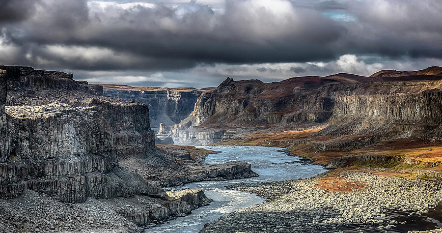 Dettifoss Canyon by Rich Isaacman
