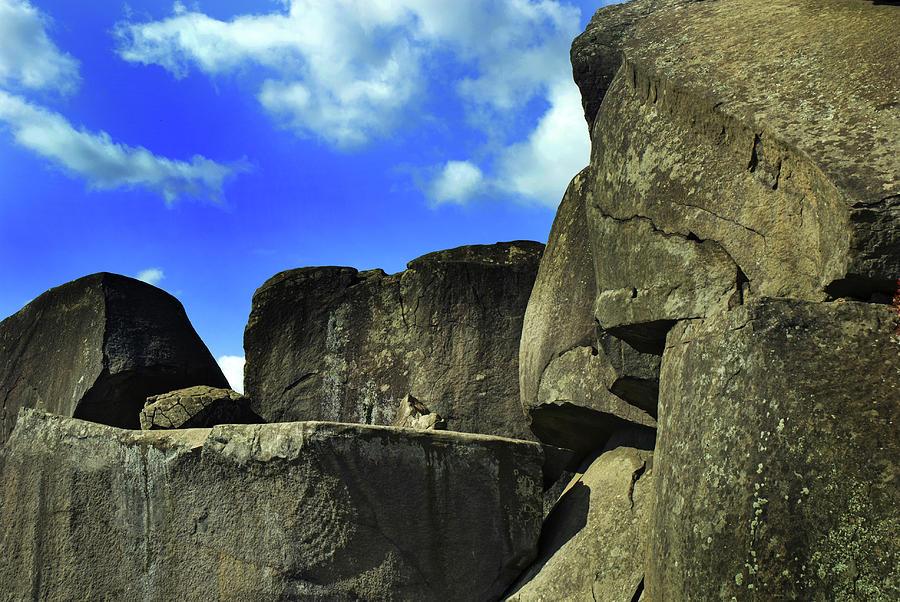 Gettysburg Battlefield Photograph - Devils Den Rock Forms by Paul W Faust - Impressions of Light