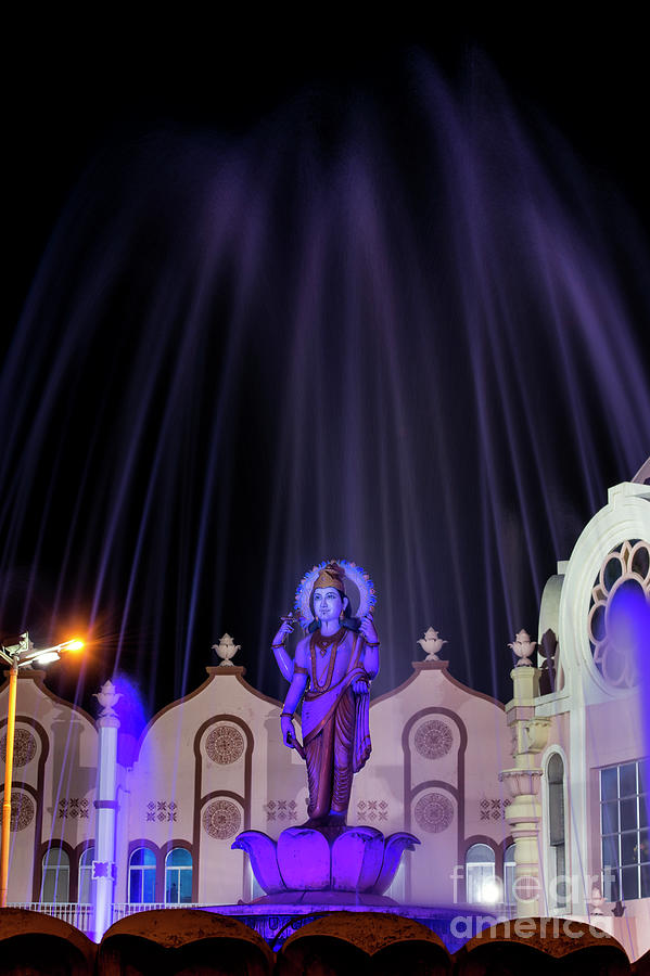 Dhanvantari Photograph - Dhanvantari At Night by Tim Gainey