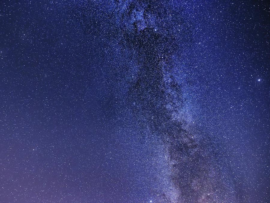 Diamond dust - night sky, full of stars by Matteo Viviani