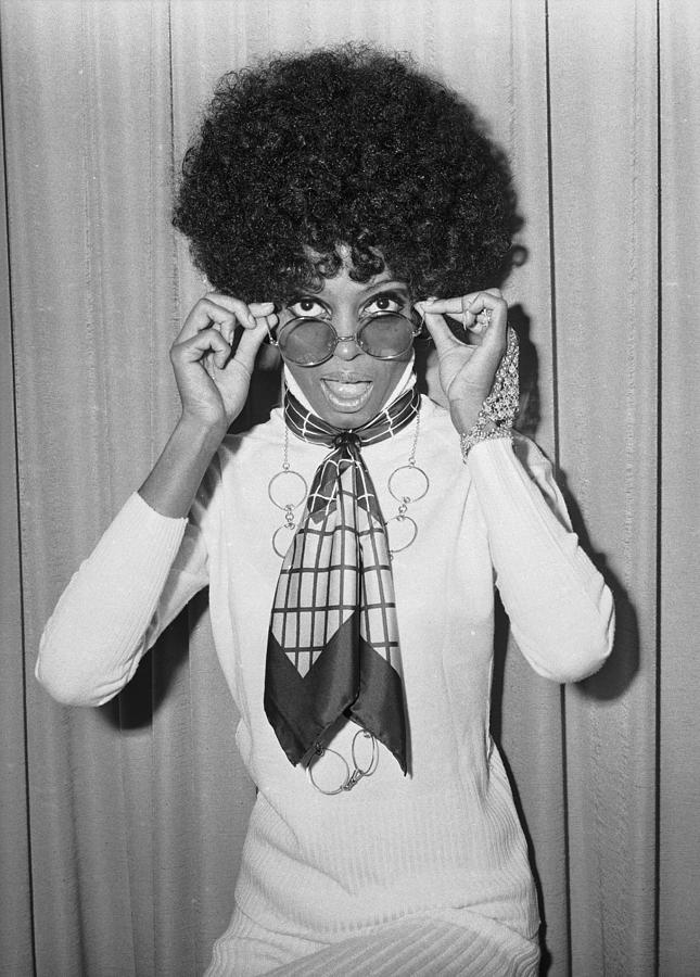 Diana Ross Photograph by Larry Ellis