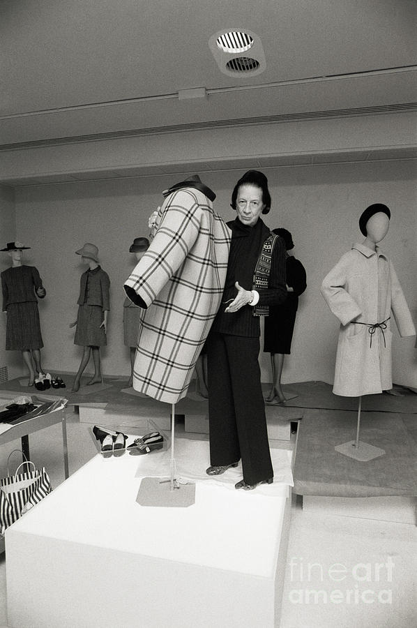 Diana Vreeland Display A One Seam Coat Photograph by Bettmann