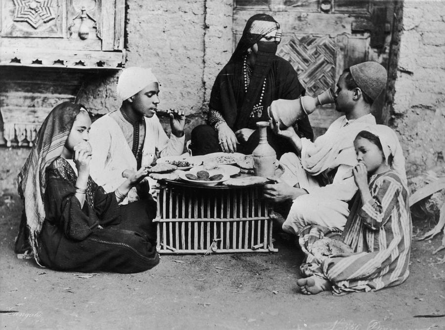 Dinner In Egypt Photograph by Hulton Archive