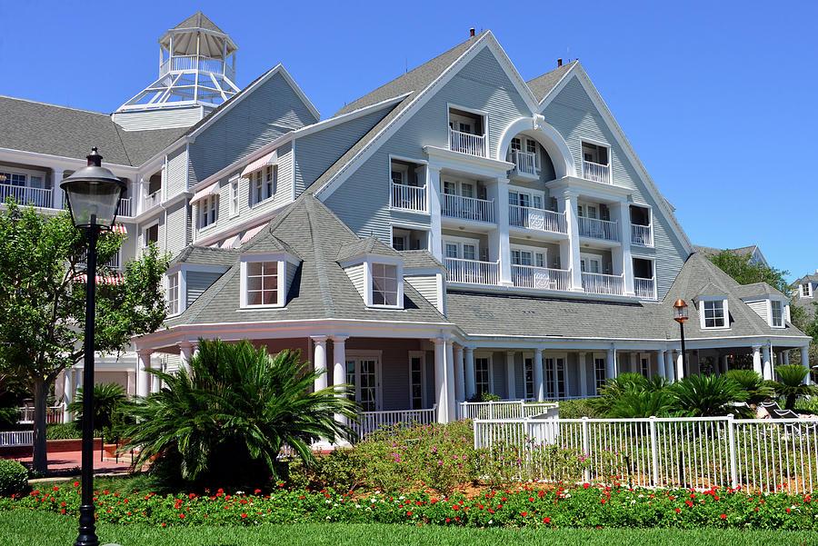 Disney's Yacht Club Resort architecture by David Lee Thompson