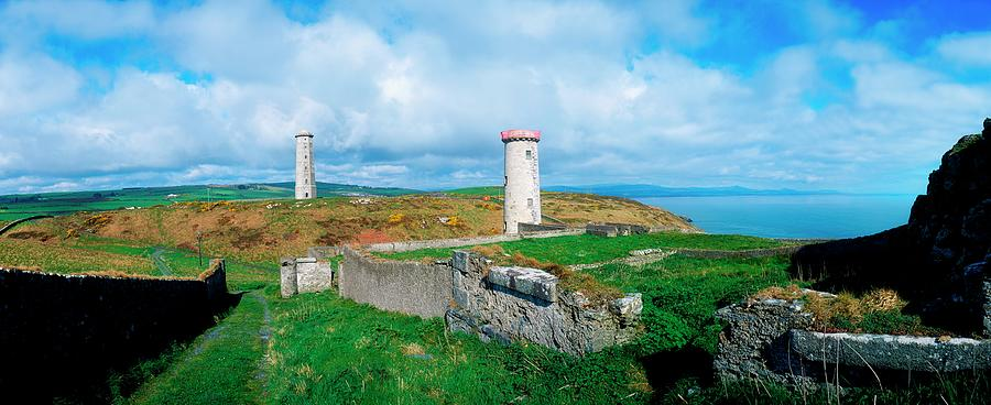 Disused Lighthouse, Wicklow Head, Co Photograph by The Irish Image Collection  / Design Pics