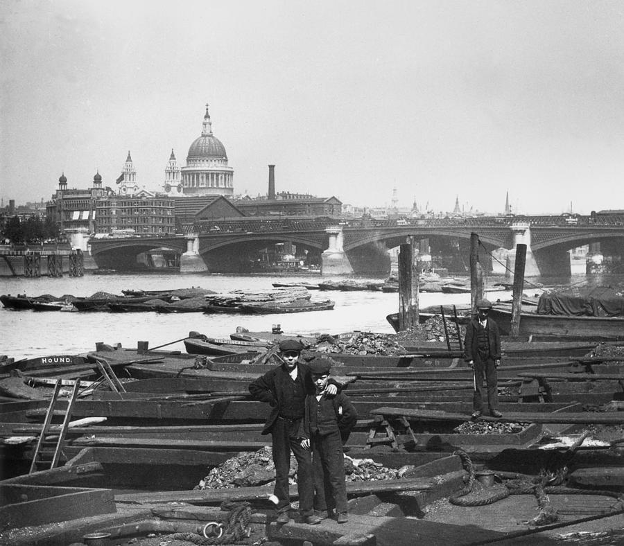 Dock Boys Photograph by London Stereoscopic Company