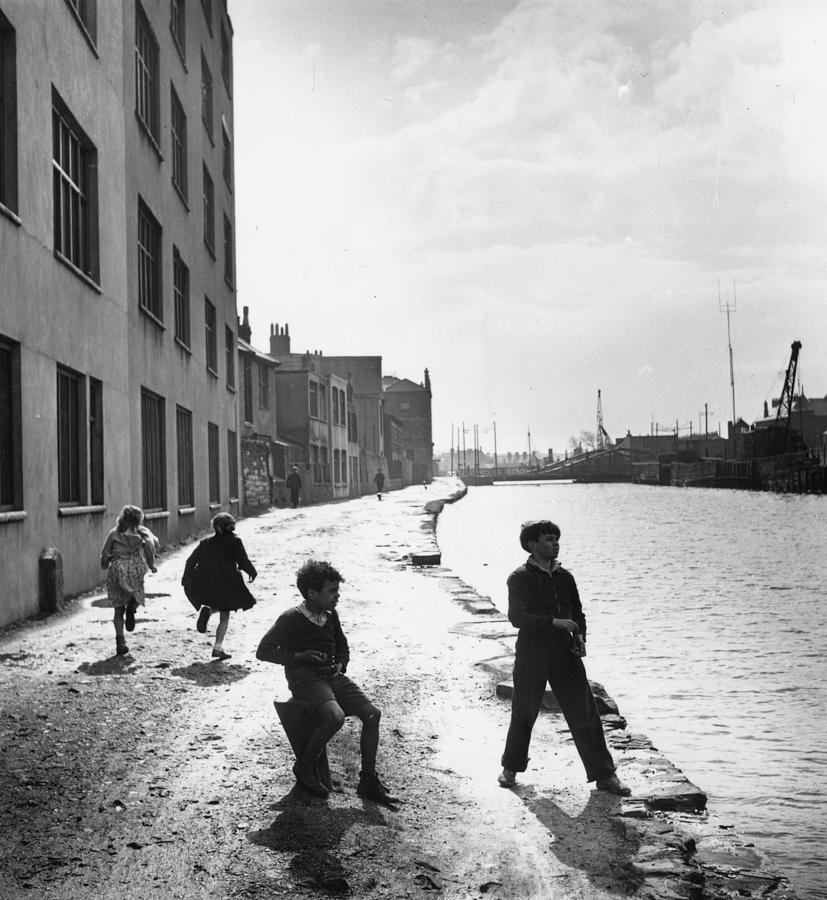 Dockland Children Photograph by Bert Hardy
