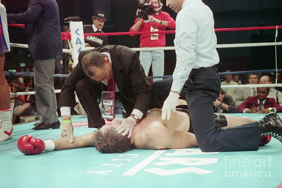 Doctor Checks Gerry Cooney Who Is Kod Photograph by Bettmann