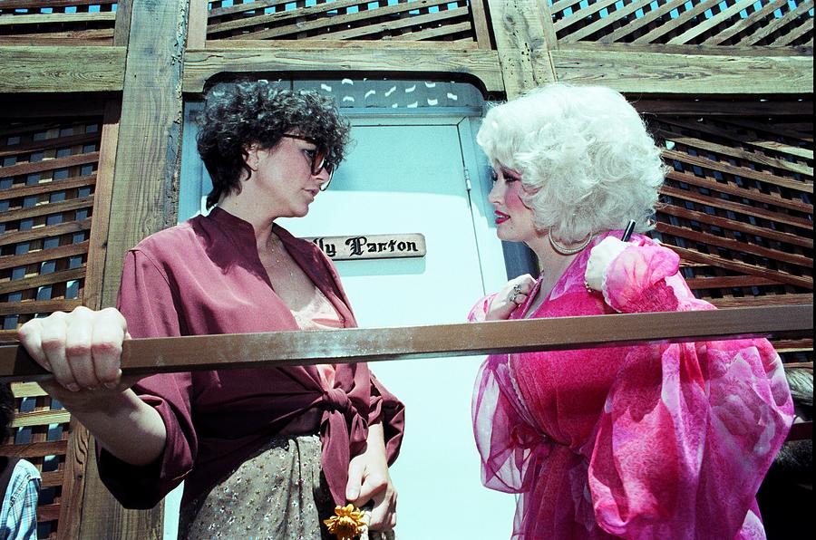 Dolly Parton And Linda Ronstadt Photograph by Richard Mccaffrey
