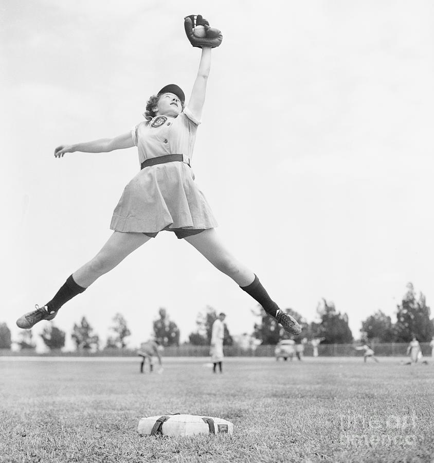 Dorothy Harrell Catching A Ball Photograph by Bettmann