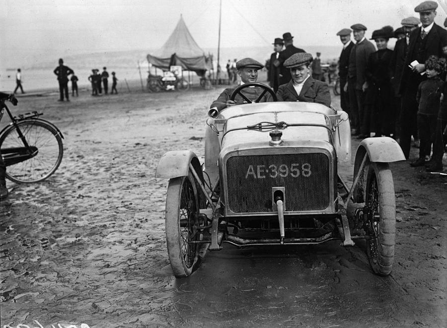 Douglas Cycle Car Photograph by Topical Press Agency