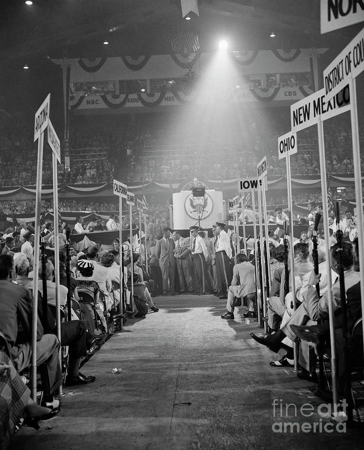Douglas Macarthur Speaking Photograph by Bettmann