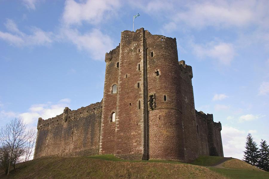 Doune Castle in Scotland by Ian Middleton