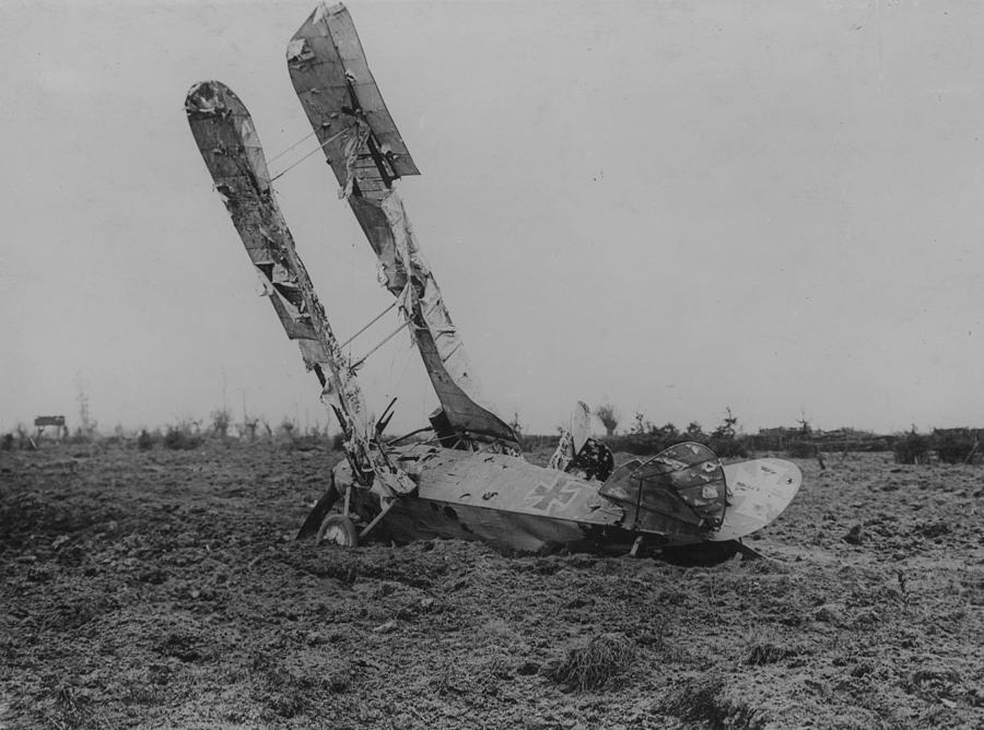 Downed Fokker Photograph by Hulton Archive